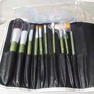 Arbonne Make Up Brushes